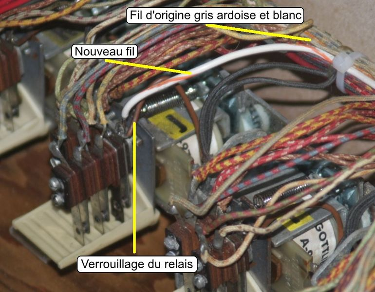 Fichier:J-Relay-Annotated.jpg