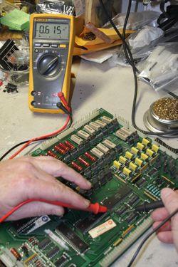 réparer piste circuit imprimé